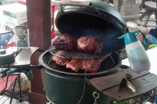 Grilling with Big Green Egg