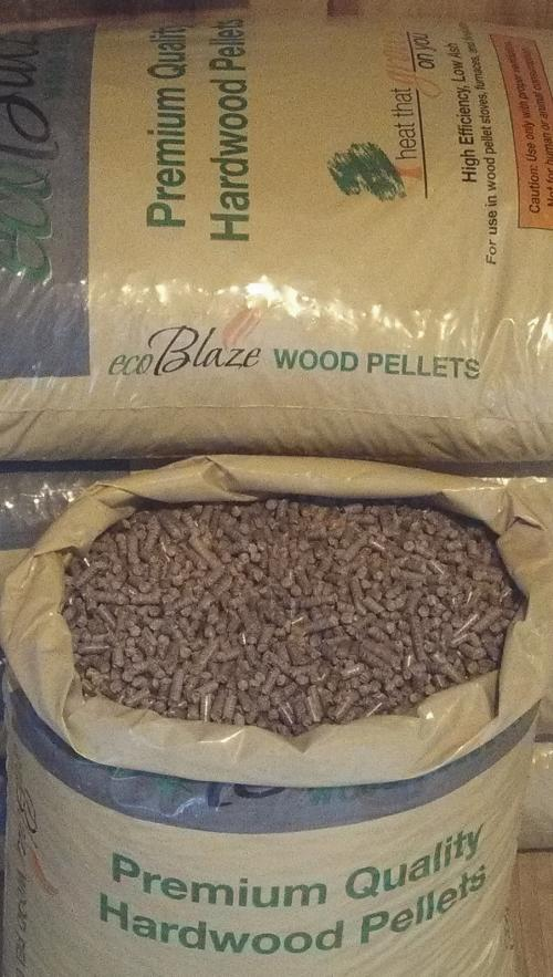 Open wood pellets bag